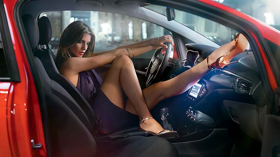 Опель Астра - автомобиль женский.