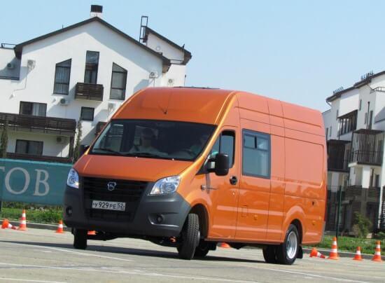 Цельнометаллическая ГАЗель способна конкурировать с импортными фургонами.