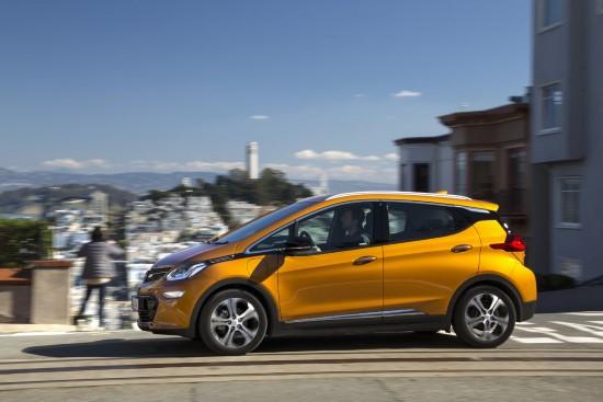 В Германии покупатели Opel Ampera-e получит скидку.