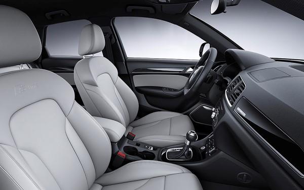 Фото сидений обновленного Audi Q3.