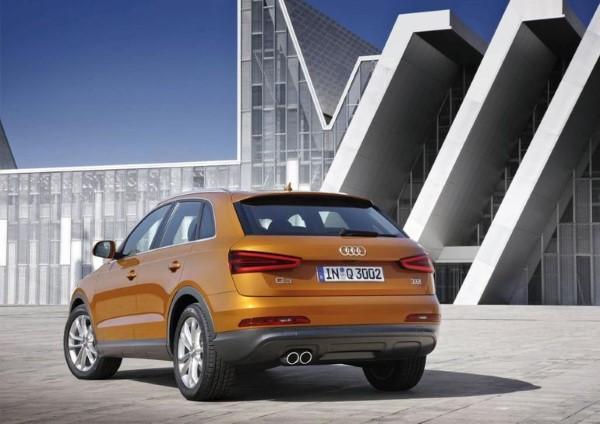 Фото обновленного Audi Q3 - вид сзади.