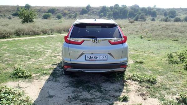 Со средним бездорожье Honda CR-V справляется.