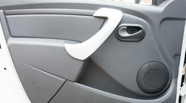 Фото дверной ручки Lada Largus фургон.