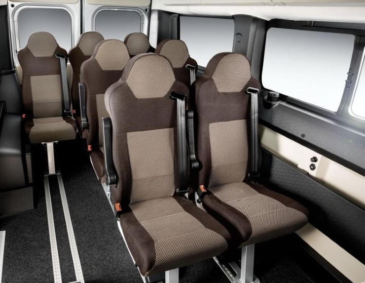 Пассажирские сиденья Fiat Ducato.