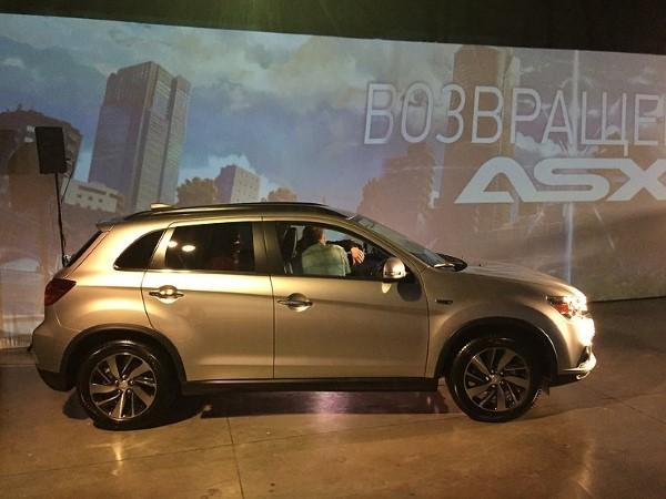 Фото презентации Mitsubishi ASX.