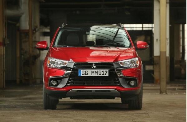 Фото Mitsubishi ASX - вид спереди.