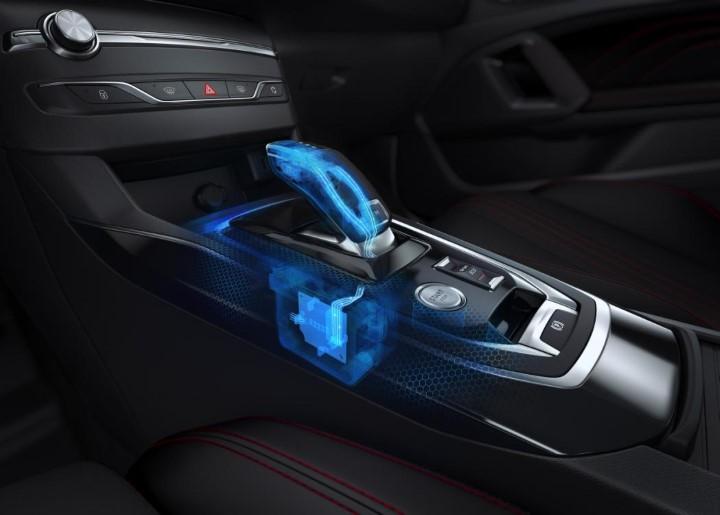 Рычаг коробки переключения передач Пежо 308.
